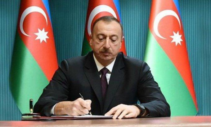 Prezidentdən sərəncam: Minimum əməkhaqqı 250 manat oldu