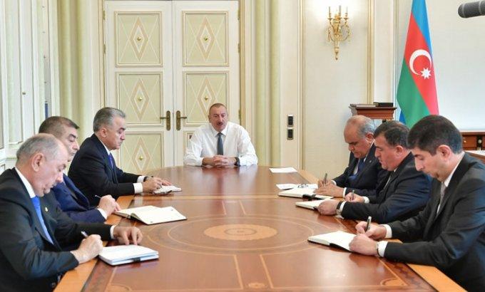Prezident İlham Əliyev yeni təyin olunmuş icra başçıları ilə görüşdü