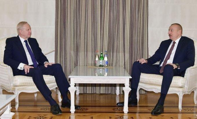 İlham Əliyev BP qrupunun baş icraçı direktorunu qəbul etdi
