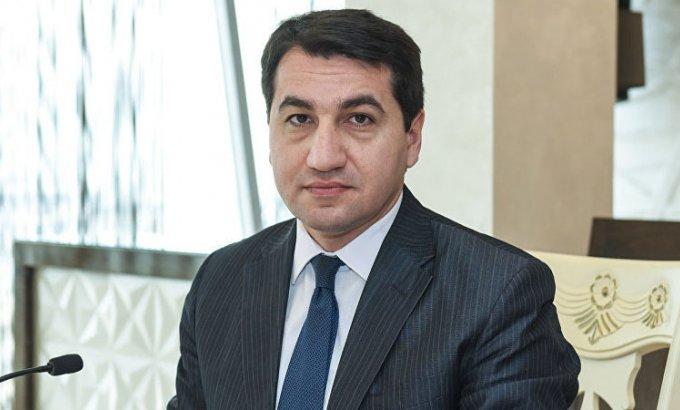 Azərbaycan Prezidentinin köməkçisi Nobel mükafatının Qorbaçovdan geri alınmasını təklif etdi