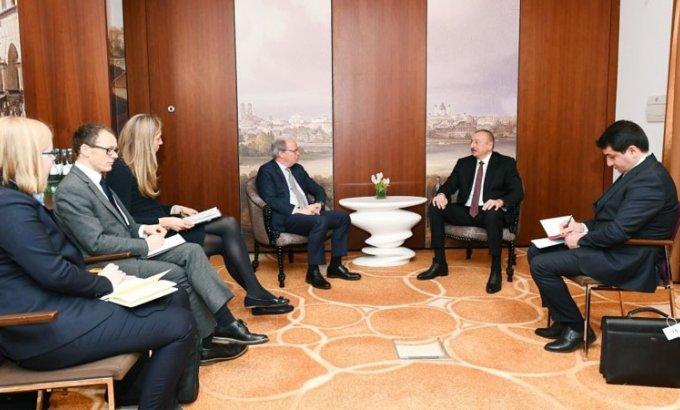 Prezident İlham Əliyev Dünya Bankının icraçı direktoru ilə görüşdü