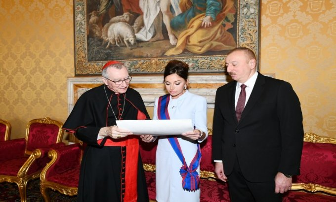Mehriban Əliyeva Papa Cəngavər Ordeninin ən ali dərəcəsinə layiq görüldü