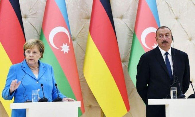 Angela Merkel İlham Əliyevə zəng edib